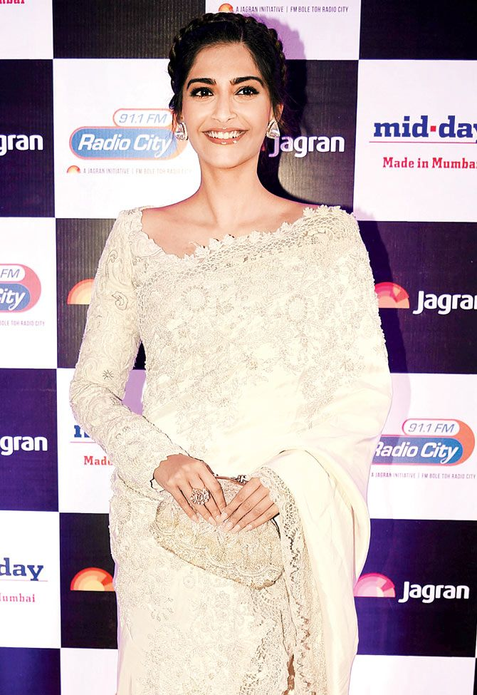 Sonam Kapoor at Jagran Group's '100 Million Hearts' bash.