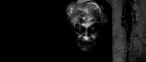 Community Post: 13 Terrifying Halloween Gifs! Dead Silence!