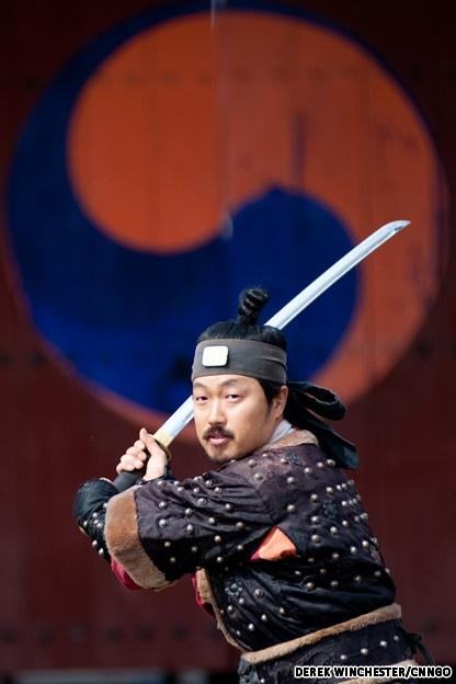 Bae Guk Jin demonstrates the single sword martial art.