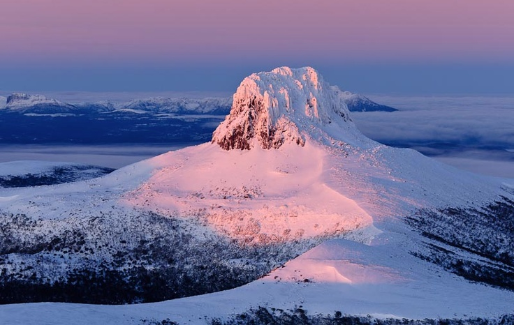 Winter dawn at Barn Bluff, Tasmania. Image by Grant Dixon.