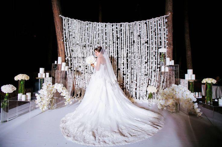 beautifull wedding. elegant wedding. crimea wedding. bride. beautifull bride. wedding photozone. wedding photozone ideas. wedding flower decor. wedding candles decor