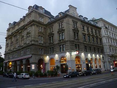 Piata de Craciun Viena - Hotel Regina 4*