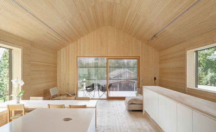 When architects talk about their projects, the conversation invariably turns to the challenges of the brief and how these were resolved. For Teemu Hirvilammi, building his own house was fraught with unrealistic goals. 'You want to try new techniques, u...