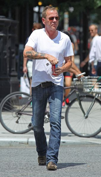 Christmas Kiefer Sutherland   Kiefer Sutherland Trying To Stay Cool In New York - Pictures - Zimbio