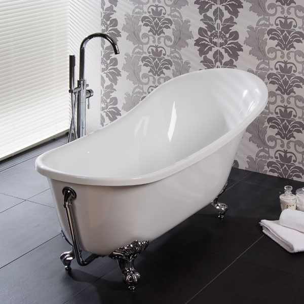 The Luna 1620 x 730 Luxury Slipper Bath, priced at £372.95. This Luxury Luna 1620mm Slipper Bath is a mix of Contemporary and Traditional Design. Also available with a Black Exterior. Order now at - http://www.taps.co.uk/luna-1620-x-730-luxury-slipper-bath.html
