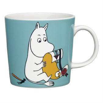 Enjoy a nice cup of coffee in Moomin's mug from Arabia! Moomin is one of Tove Jansson's characters from the Moomin valley and there are many Moomin mugs that are nice to combine with the others. Which one is your favourite