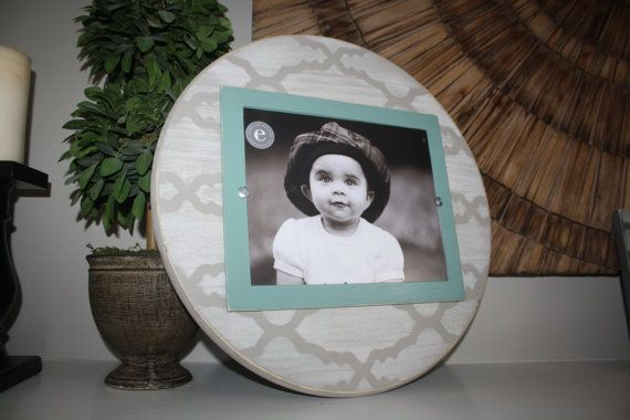 Distressed Picture Frame, Round 8x10 Frame, Chevron Picture Frame, 8x10 Picture Frame, Round Picture Frame, Graduation Gift, Father's Day