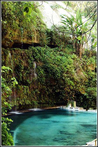 El Salvador by carlozepeda, via Flickr