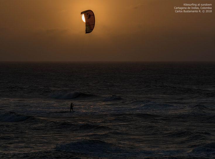 https://flic.kr/p/22X2Tsu | Kitesurfing at sundown