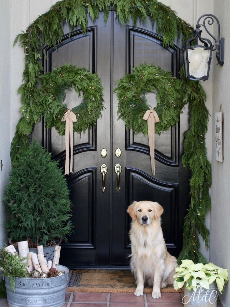 A French Inspired Christmas Front Porch