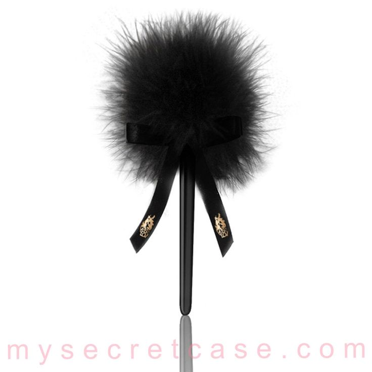 Caressing feather è un piumino di YESforLOV http://www.mysecretcase.com/giochi-erotici-yesforlove-caressing-feather