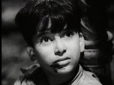 Shashi Kapoor as a child artiste in Aawara, playing the younger Raj Kapoor.