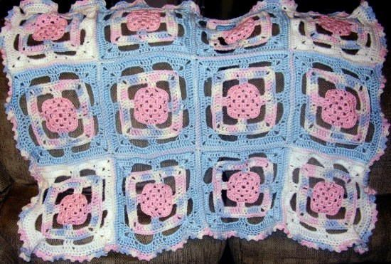 Patriotic Princess Grannyghan | Would you believe this blanket is worked up using crochet granny squares?