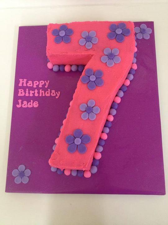 Number 7 cake floral