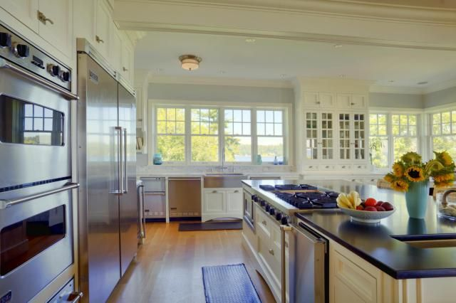 Kitchen work triangle and layouts. A well laid out and efficient kitchen centers around a good work triangle. Understanding the basics of how to construct one is the first step.