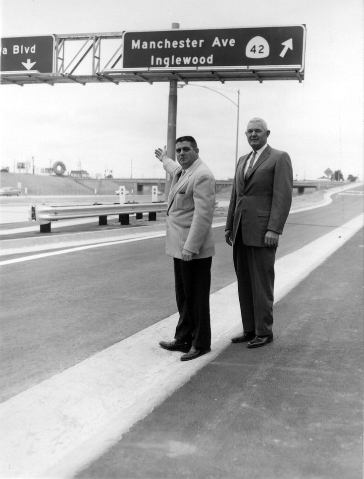 Title:  San Diego Freeway opening, Inglewood, California  Creator/Contributor:  Unknown  Date:  1963 June 10  Contributing Institution:  Inglewood Public Library