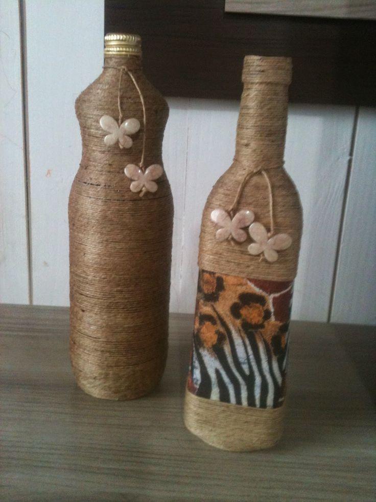 Bellas Artes : garrafas decoradas com barbante de sisal                                                                                                                                                                                 Mais