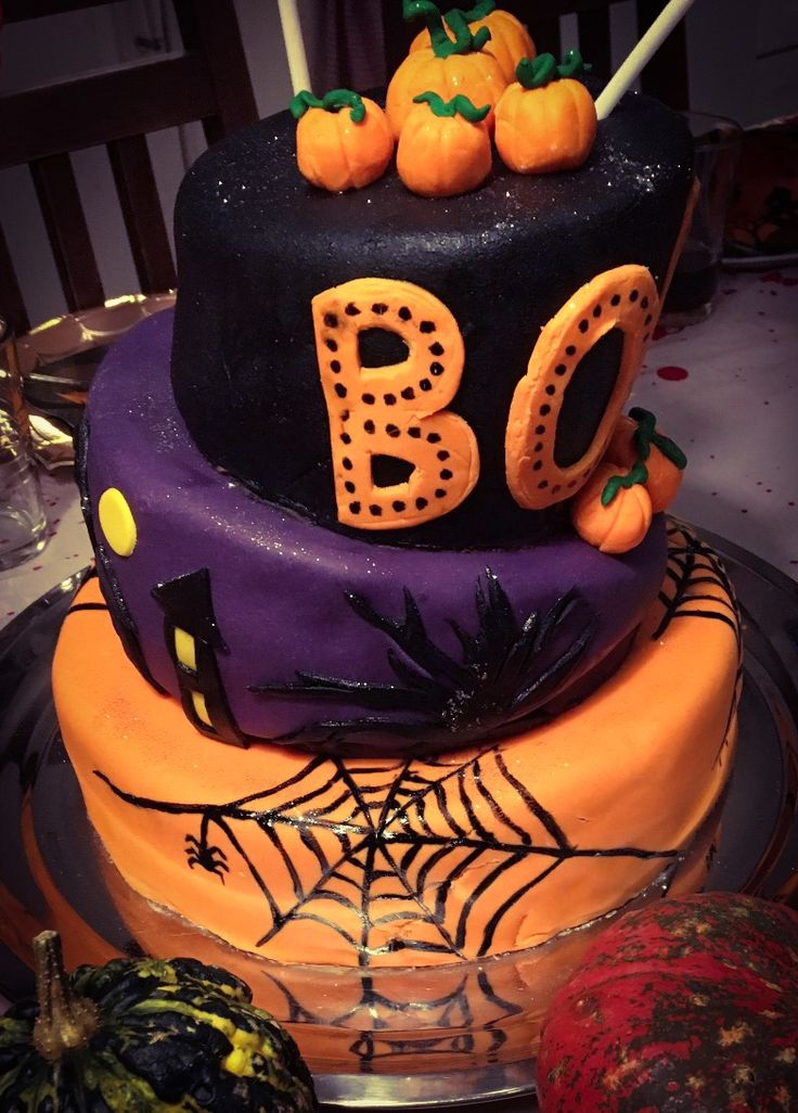 Marsa's Halloween cake