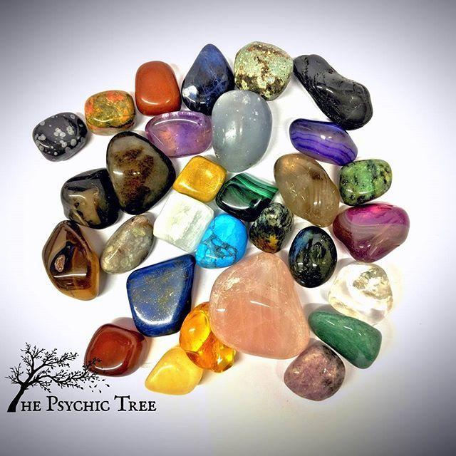 Love the crystals in this picture! #healingcrystals #healingstones #crystalhealing #metaphysical #crystallove #rockhound #crystals #chakra #newage #crystalgrid #reiki #sacredspace #minerals #crystaljewelry #quartz #loveandlight #wiccan #crystalenergy #chakras #gemstones #crystalporn #chakrahealing #crystalcollection #wicca #crystalshop #crystal #blessedbe #love #thepsychictree #rosequartz