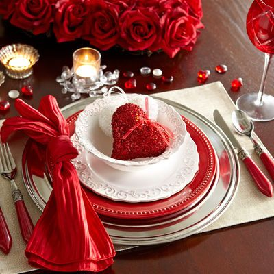 Valentineu0027s Day · Table SettingsPlace ... & 150 best Valentineu0027s Day Tables and Tablescapes images on Pinterest ...