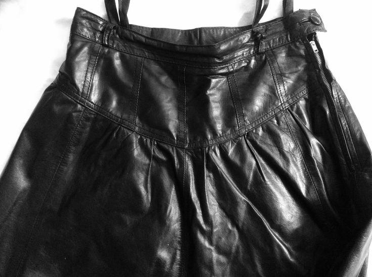 Rock, Lederrock, Gr 36, schwarz, Echtleder, vorn + hinten mit Sattel, neuwertig