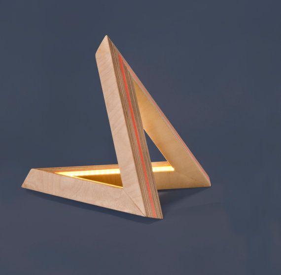 Artikel ähnlich Papaya orange Lichtobjekt – kleine Holz geometrische und Pape …