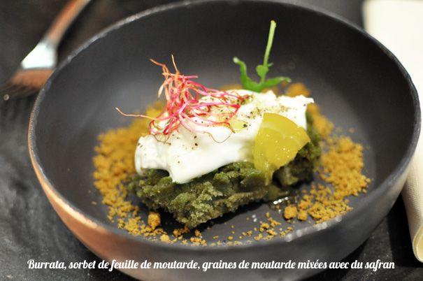 Burrata, sorbet de feuille de moutarde, graines de moutarde mixées avec du safran | Restaurant Dessance | Chef : Christophe Boucher | 74 rue des Archives 75003 Paris |