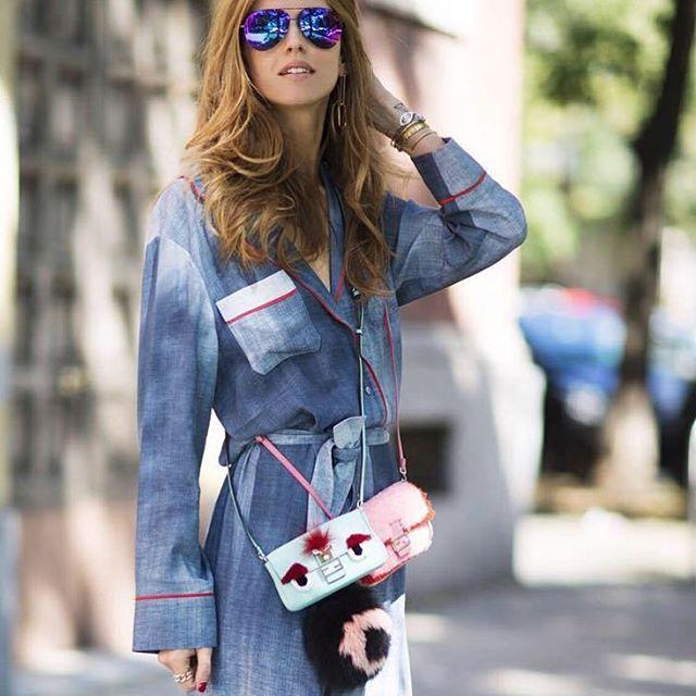Chiara Ferragni в солнцезащитных очках Victoria Beckham Такие же представлены в наших салонах в разных цветах✨ #цум #метрополис #victoriabeckham