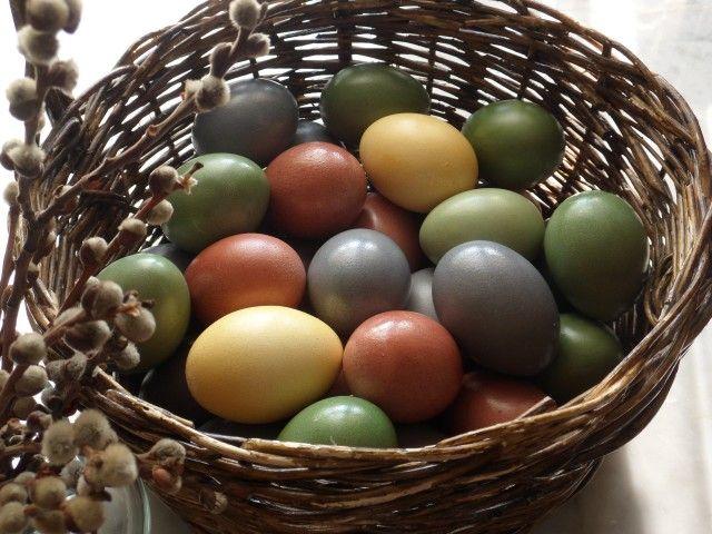 Таблица натуральных красителей для окраски Пасхальных яиц (в скорлупе) (проверено авторами поста).