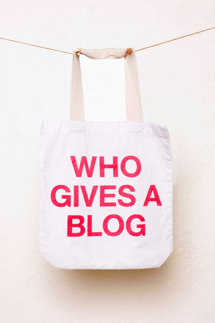Chip Chop! - WHO GIVES A BLOG Tote, $29.95 (http://www.chipchop.com.au/who-gives-a-blog-tote/)
