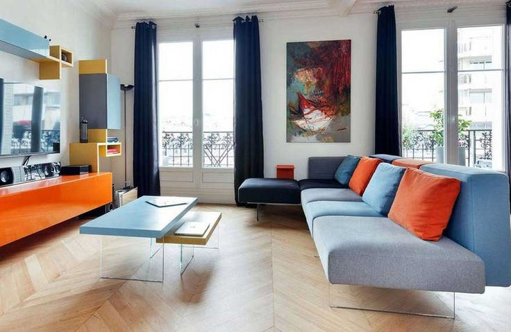 Sofa Grau Wohnzimmer bunt gestalten Ideen