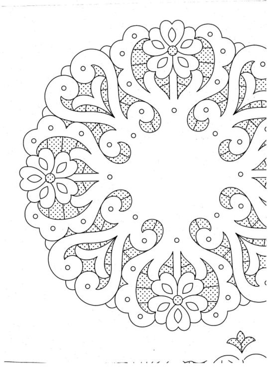 I'm not completely sure what this is actually supposed to be, but maybe I could do some sort of mandala for the tread pattern.