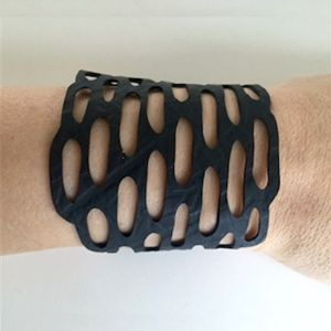 Armbånd, recycled rubber, model CLOUDY