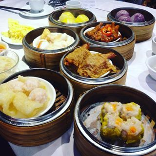 A typical dim sum table. Dim sum can be eaten at any time in the morning or afternoon. People usually drink hot Chinese tea when having #dimsum. #travel #Hongkong