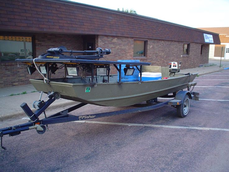 Bowfishing boats fishing action pinterest boats and for Bow fishing boats