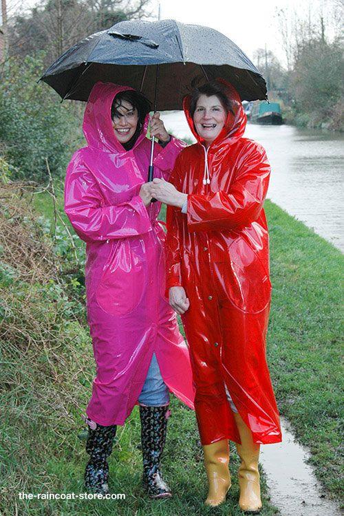 new waterproof raincoat womens pvc fashion rainwear off the shelf factory sale in munich. Black Bedroom Furniture Sets. Home Design Ideas