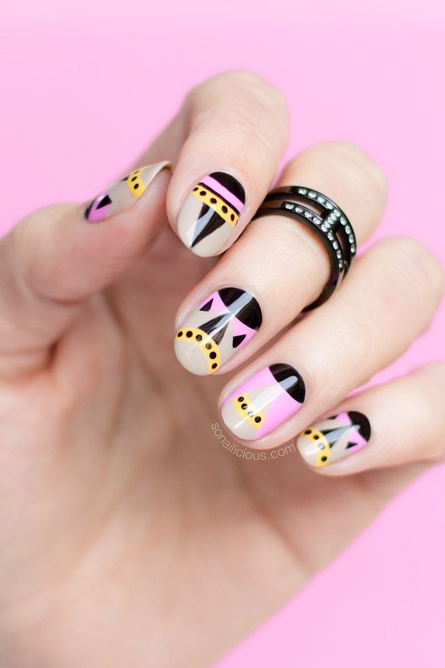 Aztec nails for summer || Inspired by Fendi shoes