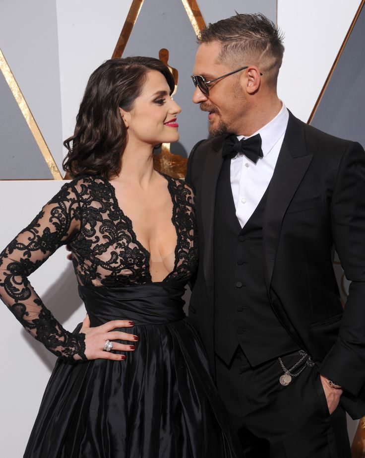 Oscars 2016: Best Dressed Couples - Tom Hardy and Charlotte Riley-Wmag
