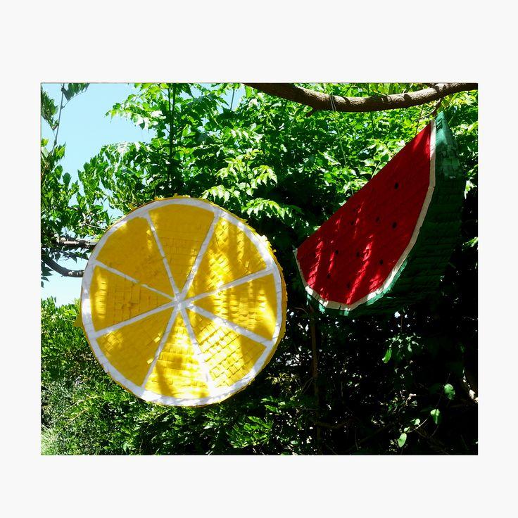 Pinatas watermelon and lemon pi ata fruits pinatas for Lemon shaped lemonade stand