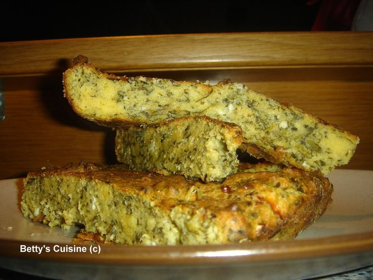 Betty's Cuisine: ΜΑΓΕΙΡΕΥΟΥΜΕ ΕΛΛΗΝΙΚΑ - Χορτόπιτα με καλαμποκάλευρο