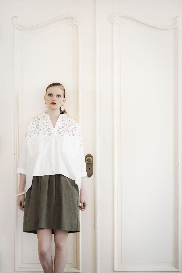 Cotton x Lace over-sized blouse