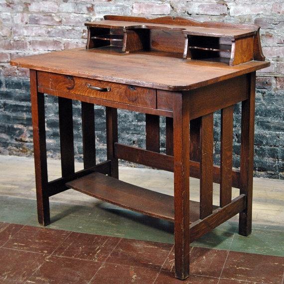 202 best mission style images on pinterest haciendas for Craftsman style desk plans