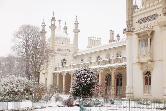 Snowy Brighton. I used to stop here and walk through the palace on my way home from school sometimes. I especially loved the heavy rain days when no one else was around and I could just spend as much time as I wanted in each room.