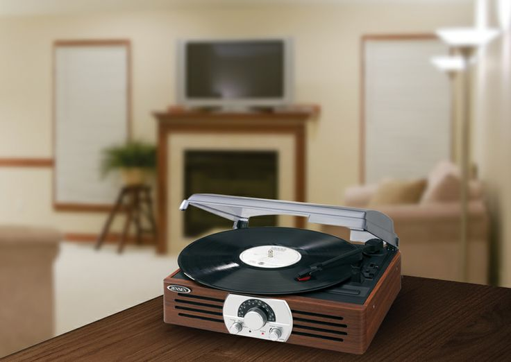 Jensen 3 Speed Stereo Turntable With AM/FM Stereo Radio (JTA 222