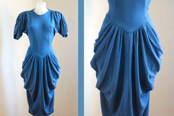Vestito anni 80 blu Enrica Martinelli con spalle arricciate e drappeggi sui fianchi Misura S M made in Italy