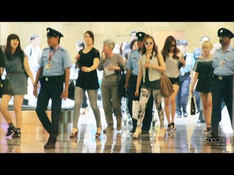 After School arriving at Changi Airport in Singapore