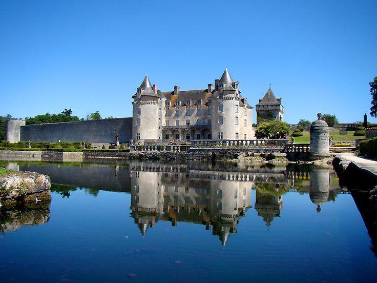 VOYAGER EN FRANCE | Château de la Roche Courbon