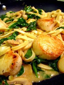 Red Kitchen Recipes: Scallop Fettucine with Mushrooms, Spinach, & Roasted Garlic