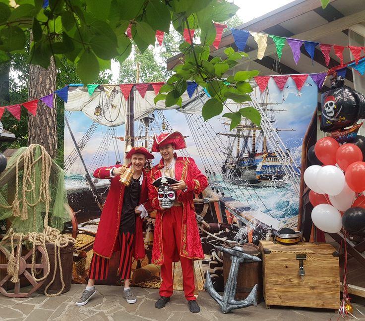 Йо-хо-хо. Наш #пиратский #праздник в разгаре. Дети попали на #корабль к Билли и Джеку , где их ждет множество испытаний, прежде чем они получат заветный ключ от сундука с пиратским кладом.  www.kids-prazdnik.com.ua #детскийденьрождения #детскийпраздник #пиратскийквест #пиратскийпраздник #Фотозона #пиратскаяфотозона #пираты
