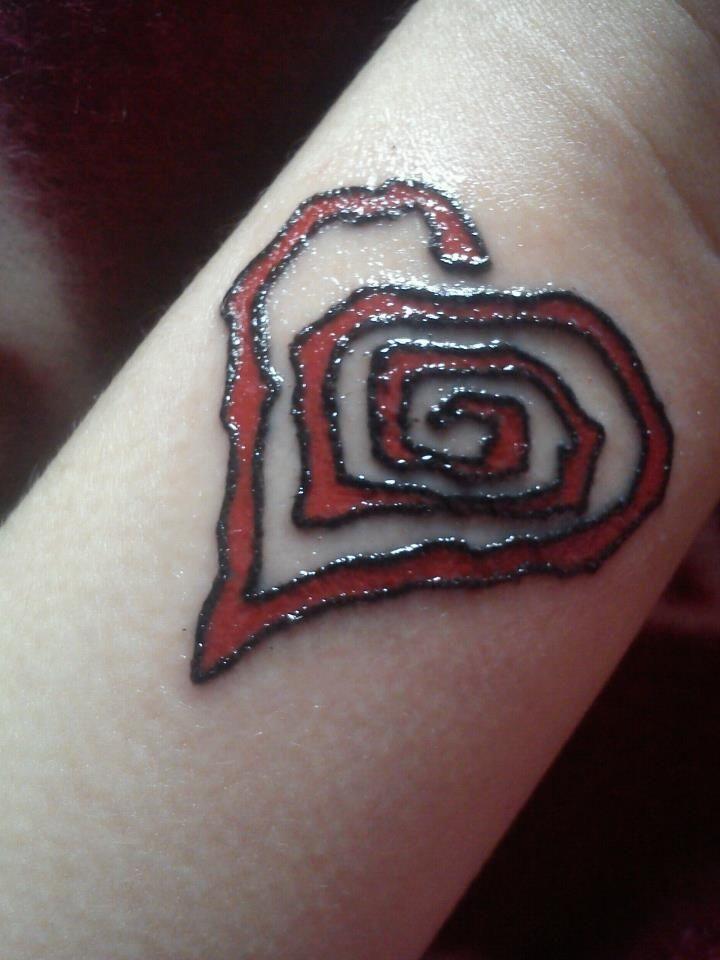 Marilyn Manson Heart Tattoo Design photo - 1